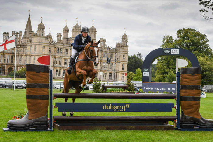LR Matthew Wright Caunton First Class LRBHT TM19 113468